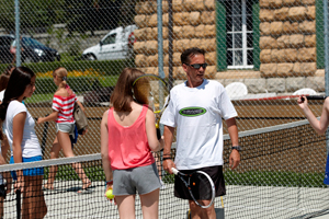 brillantmont tennis outside