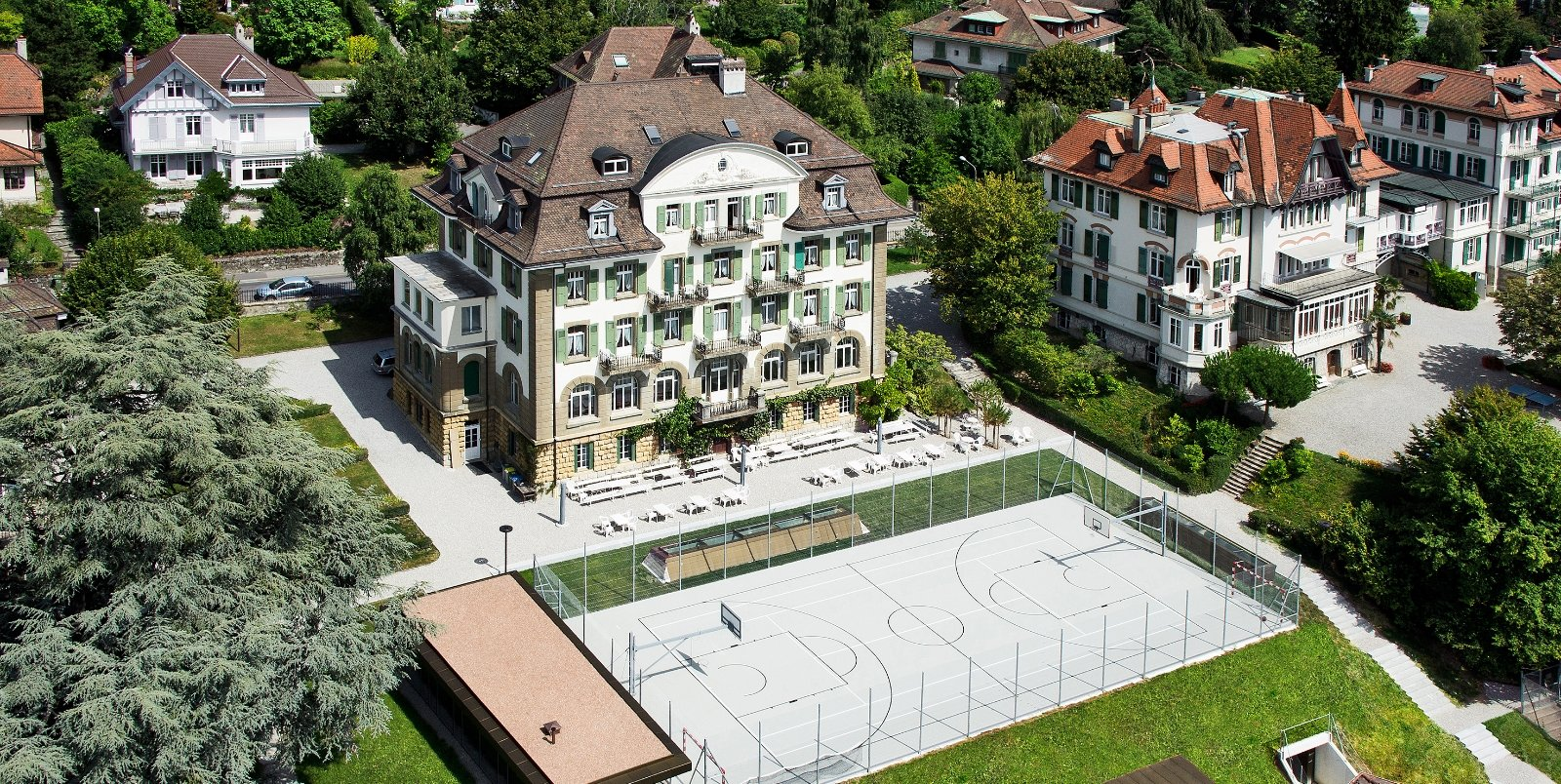 Brillantmont International School Lausanne campus