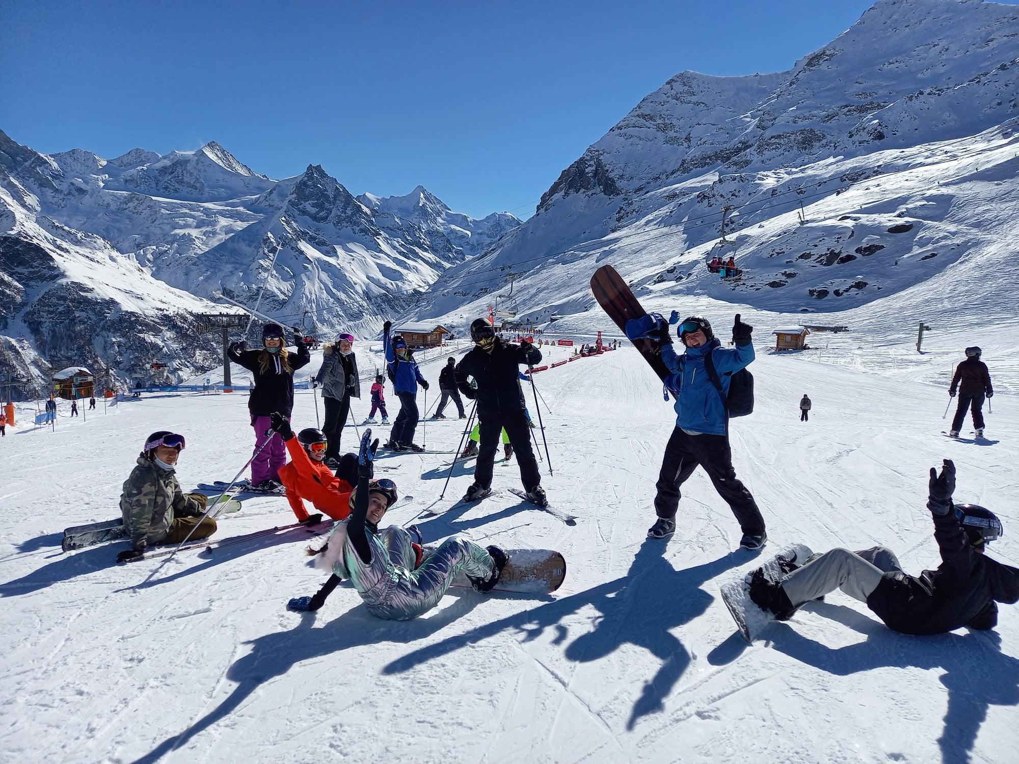 Brillantmont Ski week and winter camp in Switzerland