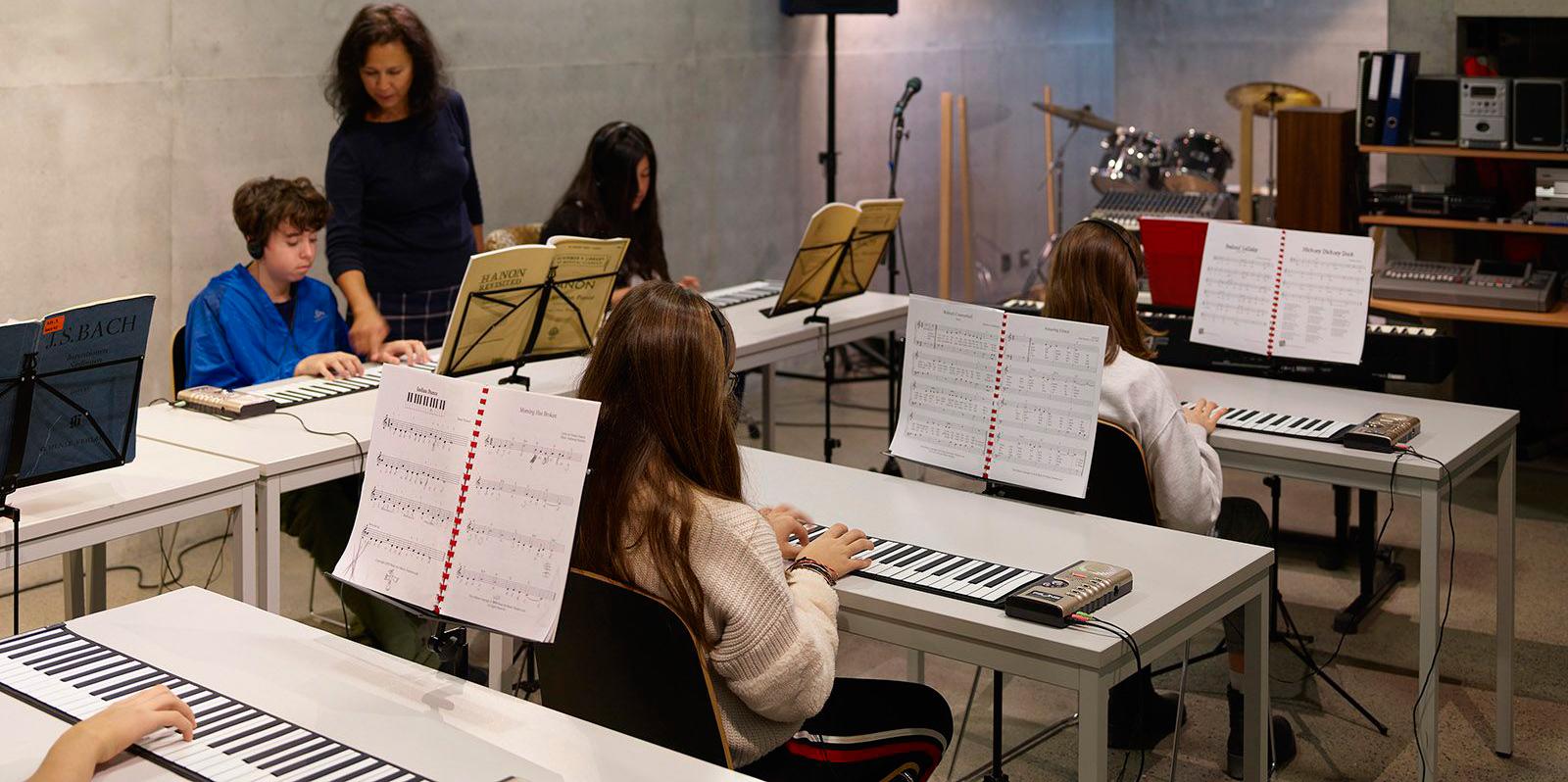 Brillantmont-music-classes