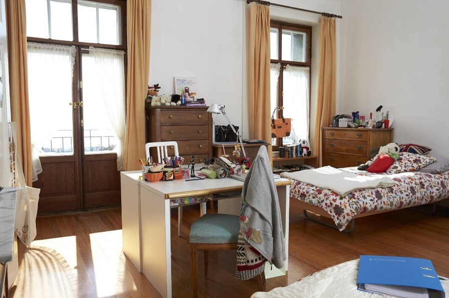 room of brillantmont boarding school student