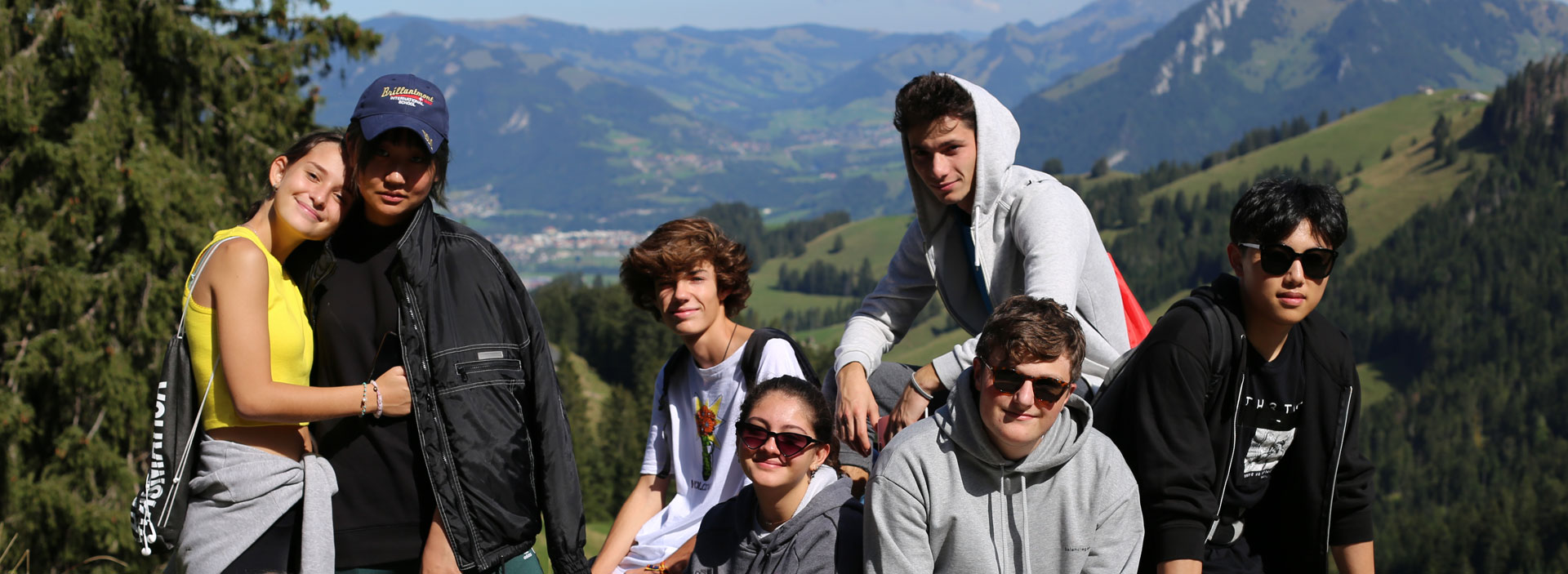 Brillantmont-International-School-students