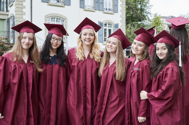 Graduation Brillantmont friends forever