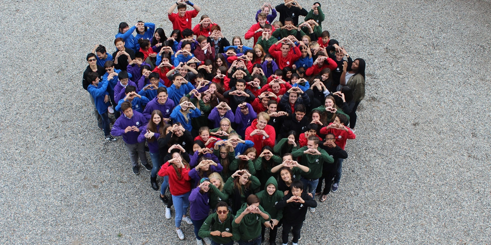 brillantmont-boarding-school-students-heart-tw.jpg