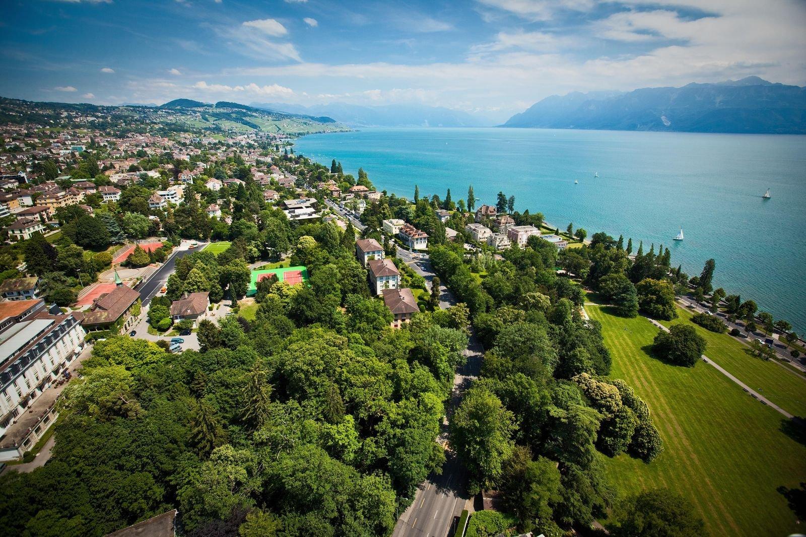 Summer School in Switzerland