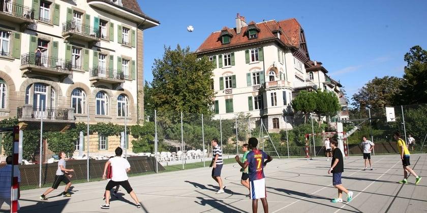 Summer School in Lausanne